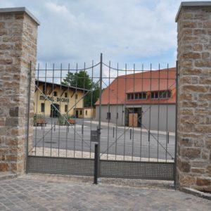 Metallbau-Kumbartzki: Zäune, Tore und Absperrungen